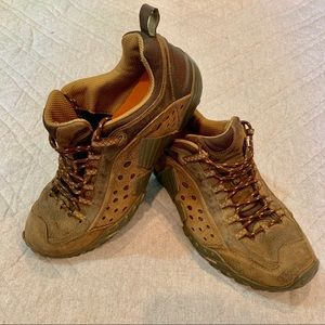 Merrell Intercept Urban Men's Lace-Up Hiking Shoes